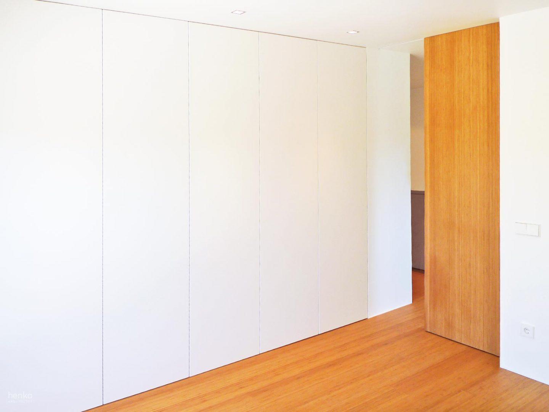 Integración armarios habitaciones Reforma Adosado Giron Pinilla Zamora HenkaArquitectos
