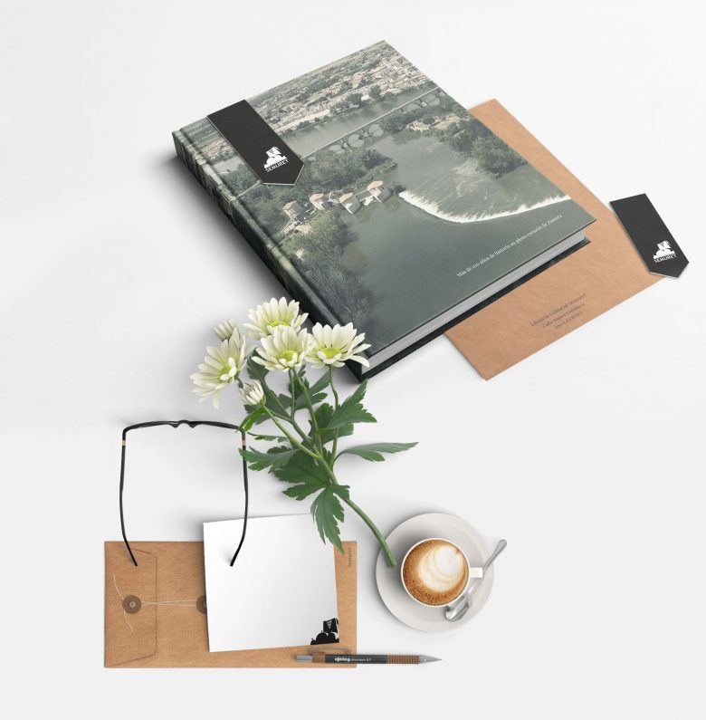 imagen corporativa librería editorial Semuret Zamora henkawebs henkaarquitectos