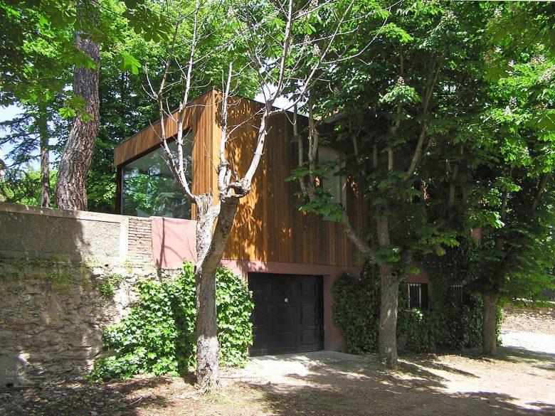 Ampliación madera maciza antigua Casa de guardia San Lorenzo del Escorial Henka Arquitectos