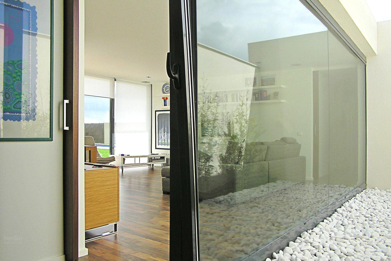salón, Casa Morales del Vino Zamora Henka Arquitectos