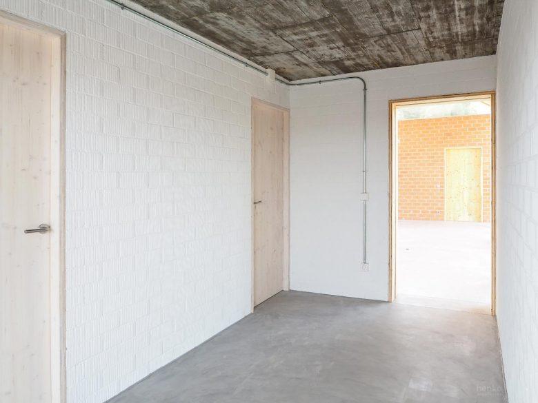 hall entrada abierto Casa Pinar Antequera Valladolid Henka Arquitectos