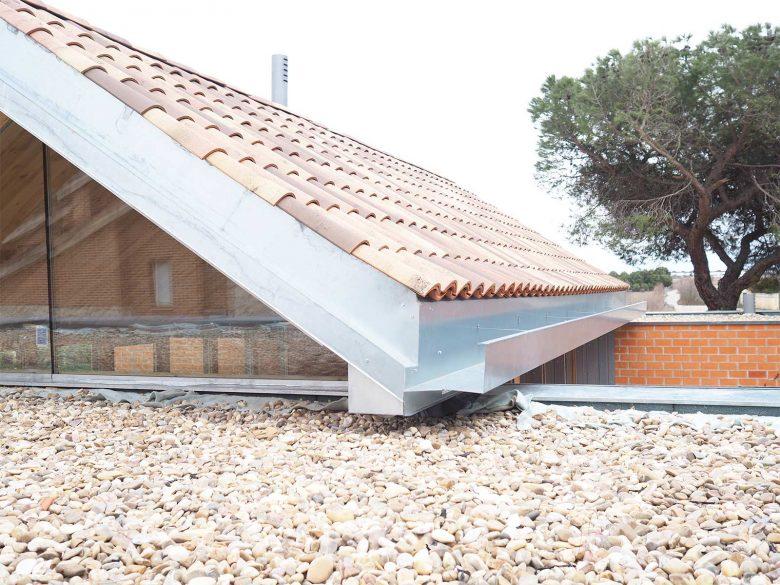 Carpinterías fijas, estructura madera laminada Casa Pinar Antequera Henka Arquitectos
