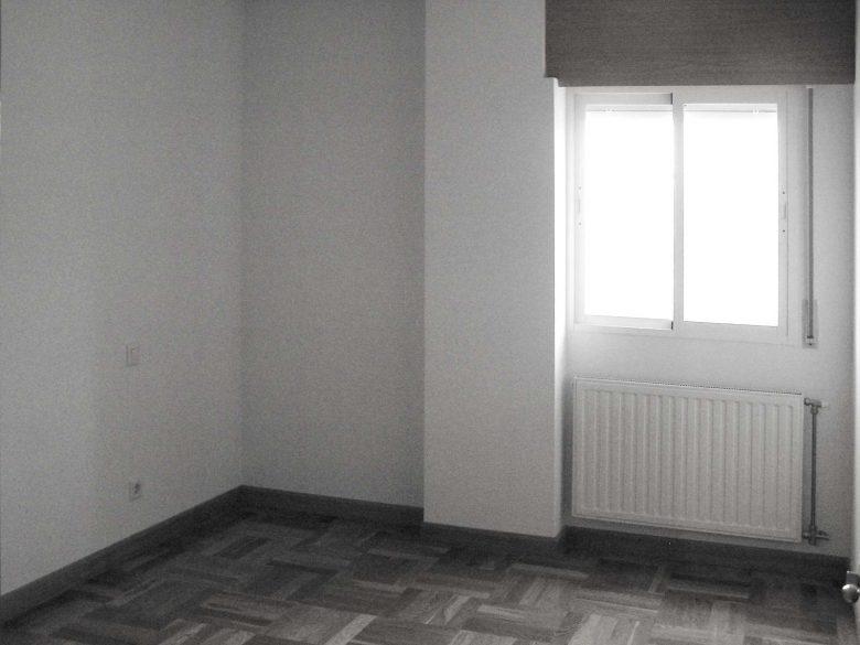 Estado inicial salón dúplex Villate Burgos