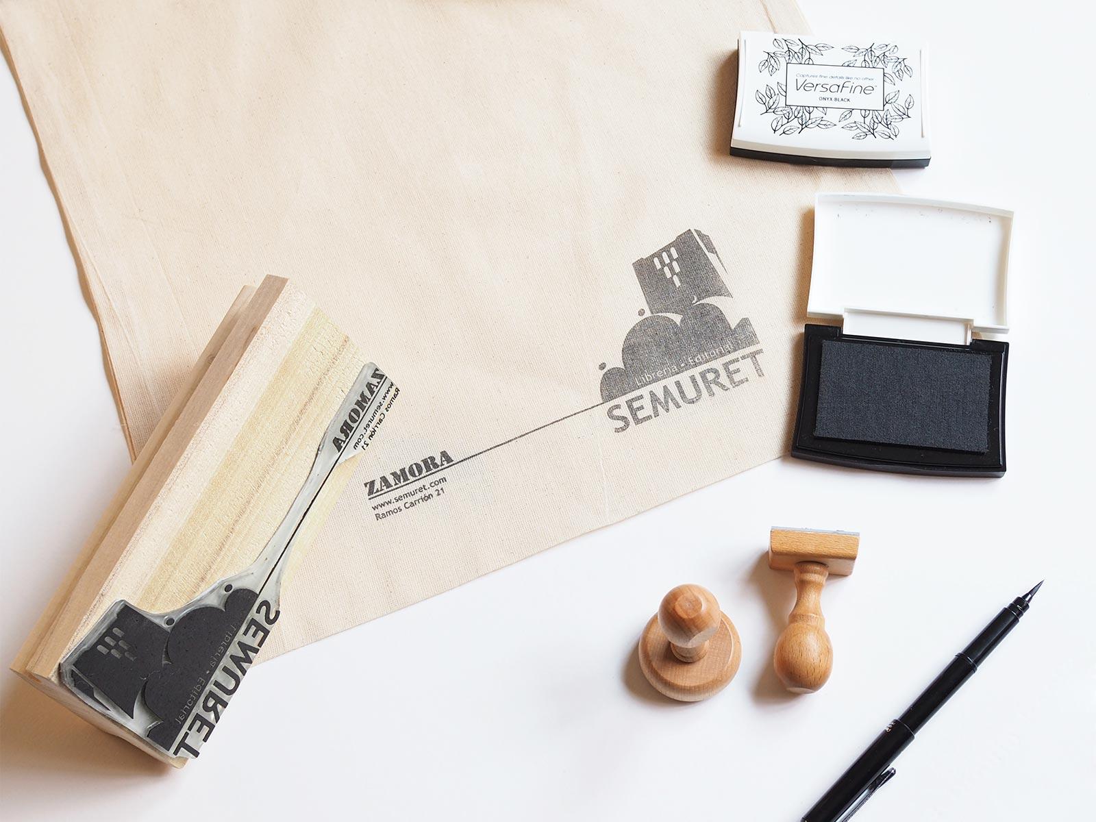 branding print identidad corporativa ink tote bag librería editorial Semuret Zamora henkawebs henkaarquitectos