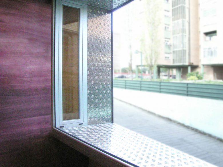 hueco sala reuniones local oficinas Arturo Eyries Valladolid Henka Arquitectos