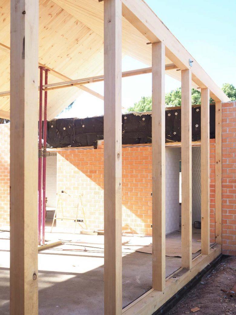 obra estructura madera prefabricada Casa Pinar Antequera Valladolid Henka Arquitectos