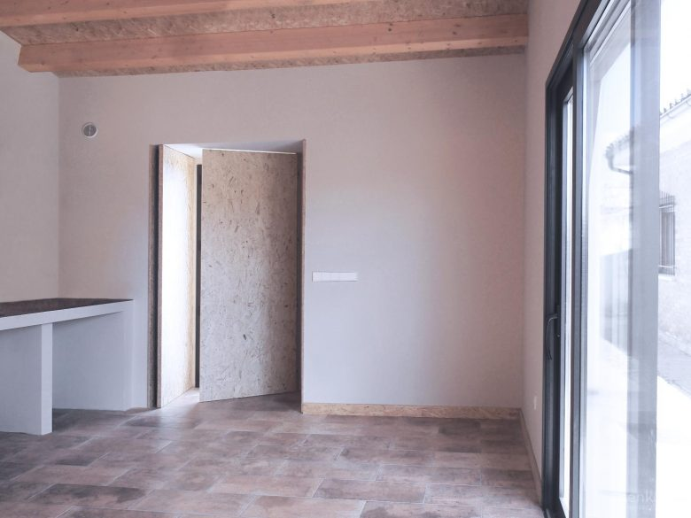 interior merendero de campos Osornillo Burgos Henka Arquitectos