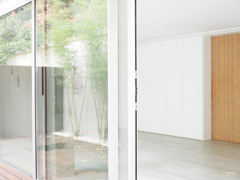 Ventanas correderas aluminio anodizado natural Cor-Visión Cortizo Cabildo Valladolid Henka Arquitectos
