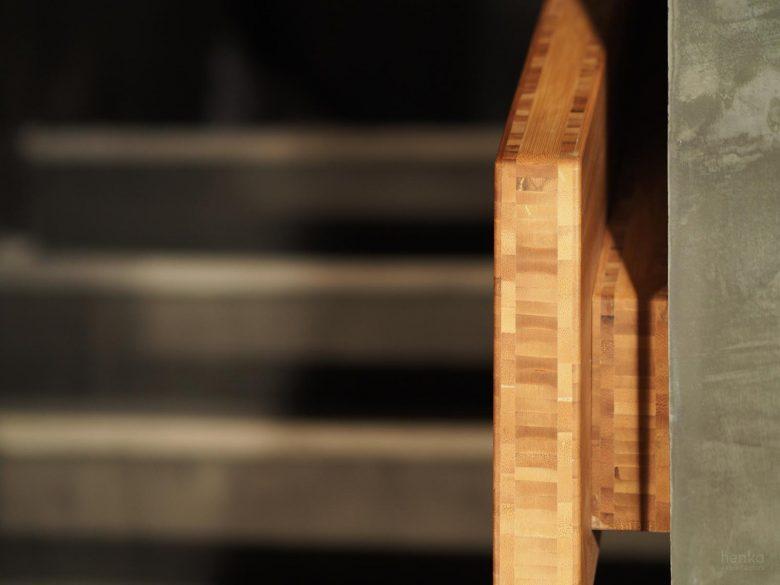 detalle pasamanos madera maciza Restaurante Serafin Zamora Henka Arquitectos