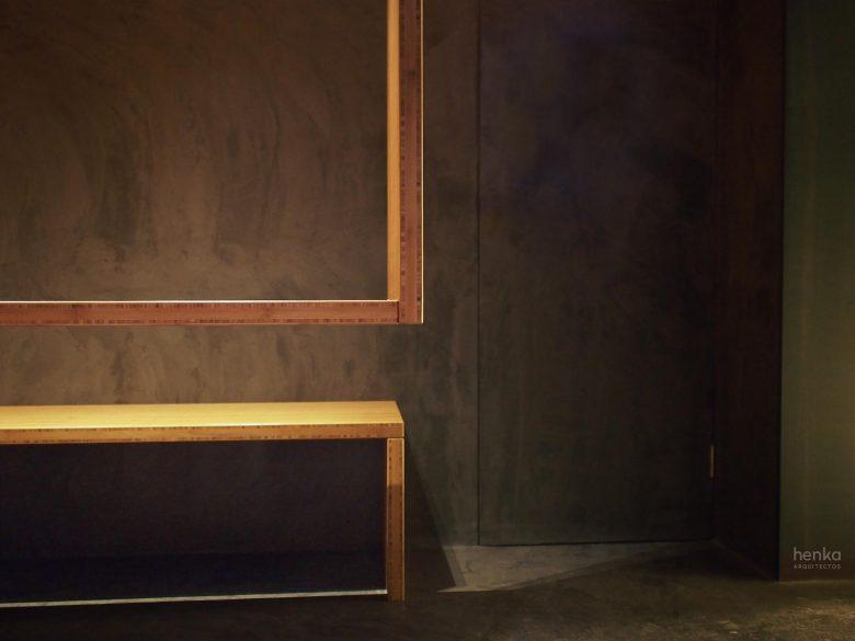 Detalle mesa suspendida tablero macizo bambú Restaurante Serafin Zamora Henka Arquitectos