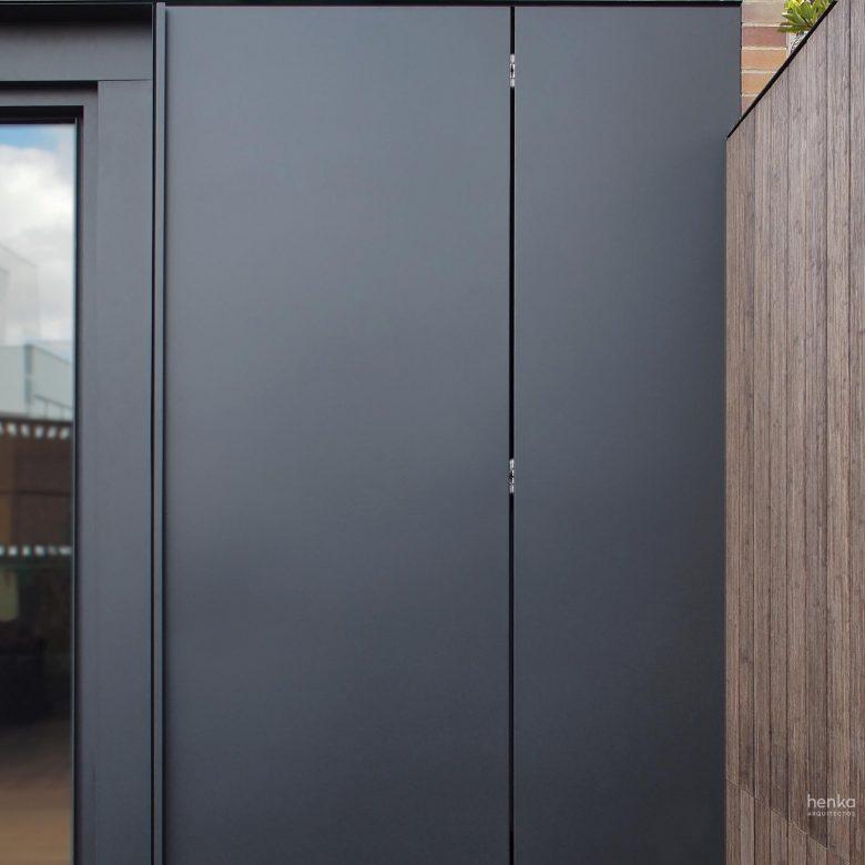 remates carpintería cor-visión Cortizo puerta oculta ampliación Trascastillo Zamora Henka Arquitectos